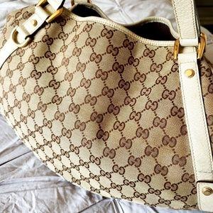 Gucci Bags - GUCCI👜AUTHENTIC CREAM ABBEY GG WEB